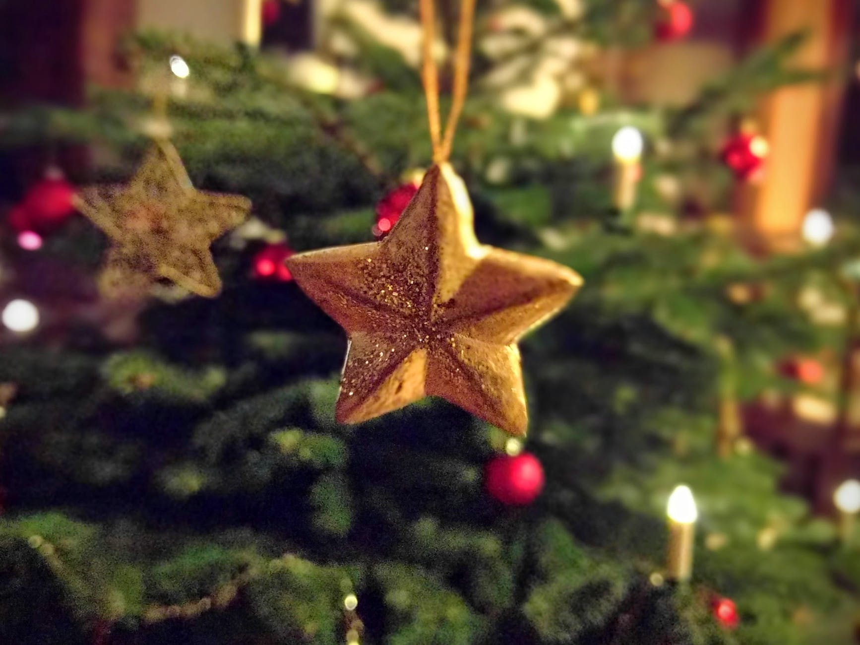 ball blur christmas christmas balls